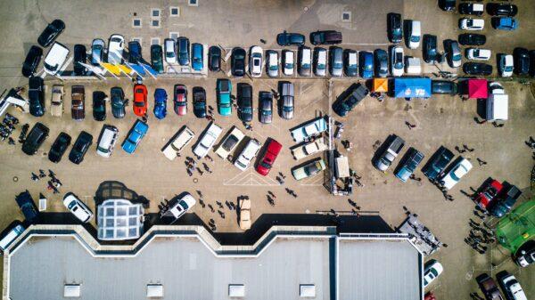 Co jest ważne przy oznakowaniu parkingu?
